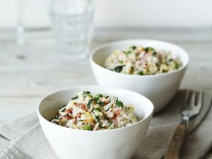 Reispfanne mit Gemüse und Krebsfleisch Rezept