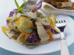 Renke in Marinade mit frittierten Kartoffelhobeln Rezept