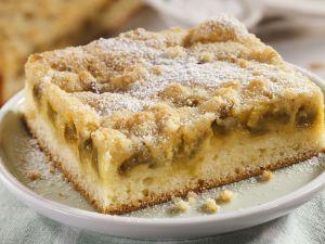 Rhabarber-Mandel-Kuchen Rezept