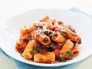 Rigatoni mit Gemüsesauce Rezept