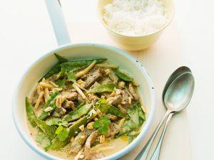 Rinder-Erdnuss-Curry mit Zuckerschoten Rezept