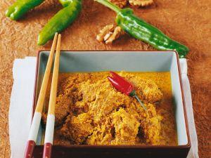 Rindercurry mit Ananas und Walnüssen Rezept