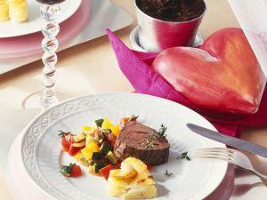 Rinderfilet mit Gratin und Gemüse Rezept