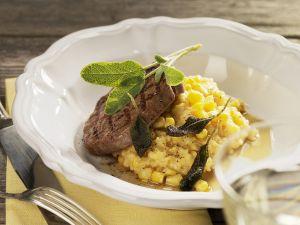 Rinderfilet mit Polenta, Maisgemüse und Salbei Rezept