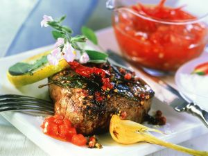 Rindersteak mit Tomatensoße Rezept