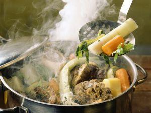 Rindfleisch-Gemüse-Topf auf französische Art (Pot au Feu) Rezept