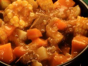 Rindfleisch-Gemüseeintopf süßsauer Rezept