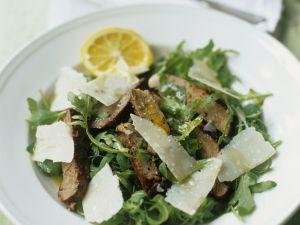 Rindfleisch-Rucolasalat mit Parmesan Rezept