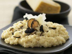 Risotto mit Parmesan und schwarzem Trüffel Rezept