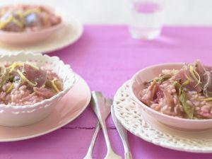 Risotto mit Rhabarber und Thunfisch Rezept