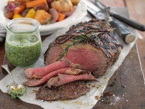 Roastbeef mit grüner Sauce und Gemüse Rezept