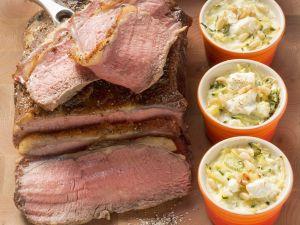 Roastbeef mit Zucchini-Schafkäse-Gratin Rezept