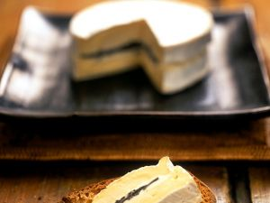 Röstbrot mit Trüffel und Käse Rezept