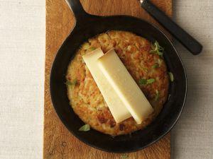 Rösti mit Gruyere-Käse Rezept