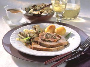 Rollbraten in Weißwein-Senf-Sauce mit Steinpilz-Schwarzwurzel-Gemüse Rezept