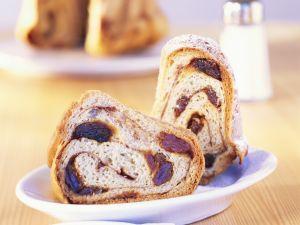 Rosinen-Zimt-Kuchen nach Kärtner-Art Rezept