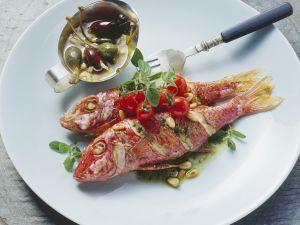 Rotbarben mit Kapern auf sizilianische Art Rezept