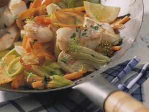 Rotbarsch auf Wok-Gemüse Rezept