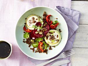 Rote Bete Salat mit Linsen und Ziegenkäse Rezept