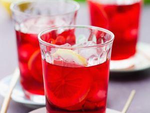 Roter Eistte aus Hibiskus Rezept