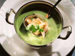 Rucolasuppe mit Shrimps Rezept