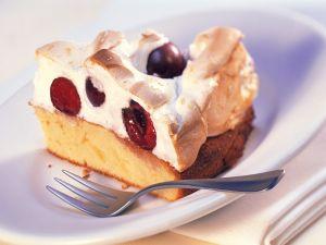 Rührkuchen mit Kirsch-Baiserhaube Rezept