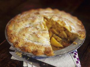 Saftiger gedeckter Apfelkuchen Rezept