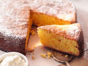 Saftiger Kürbis-Mandelkuchen Rezept