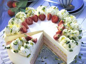 Sahne-Erdbeer-Torte Rezept