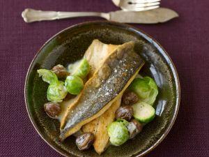 Saibling mit Rosenkohl-Maroni-Gemüse Rezept