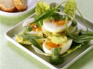 Salat mit Ei und Frankfurter grüner Soße Rezept