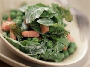 Salat mit Erbsen, Rucola und Schinken Rezept