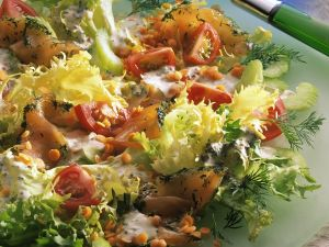 Salat mit Graved Lachs Rezept