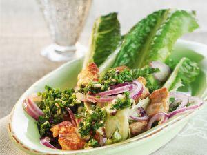 Salat mit Hähnchen und roten Zwiebeln Rezept