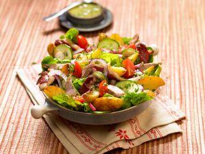 Salat mit Kaninchen und Kartoffeln Rezept