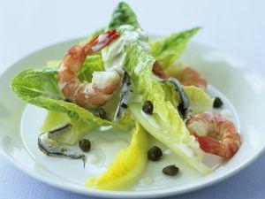 Salat mit Shrimps und Kapern Rezept