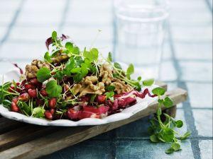 Salat mit Walnüssen Rezept