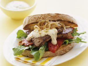 Sandwich mit Steak und Senfcreme Rezept