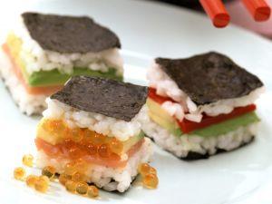 Sandwichs im Sushi-Stil mit Sojasoße Rezept