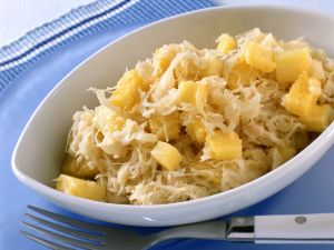 Sauerkraut mit Ananas Rezept