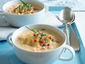 Sauerkrautsuppe mit Croûtons Rezept