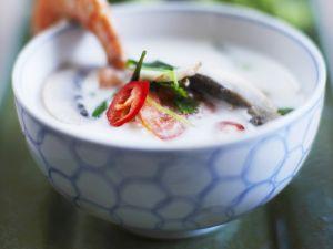 Scharfe Kokos-Scampi-Suppe nach Thai-Art Rezept