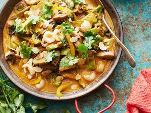 Scharfes Gemüsecurry mit roter Currysauce Rezept