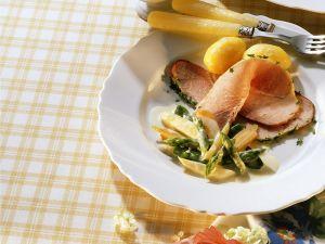 Schinkenbraten mit Gemüse und Pellkartoffeln Rezept