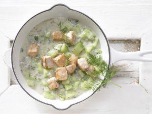 Lachs-Gurken-Pfanne Rezept