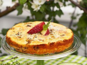 Schneller Apfelkuchen mit Sahne und Pistazien Rezept
