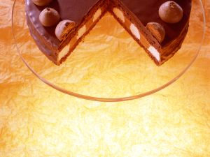 Schokoladen-Sahne-Torte Rezept