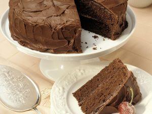 Schokoladenkuchen mit Schokoladen-Sahne-Creme Rezept