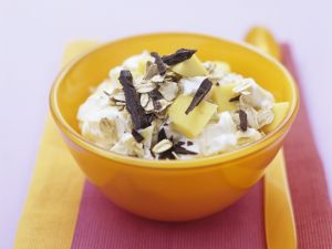 Schokomüsli mit Quark und Mango Rezept
