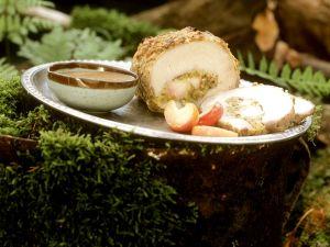 Schweinebraten mit Apfel-Selleriefüllung Rezept